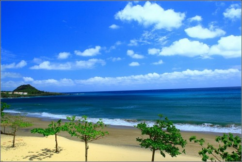 墾丁夏都沙灘酒店-雖陽光大,但偶爾還是會有雲層遮住