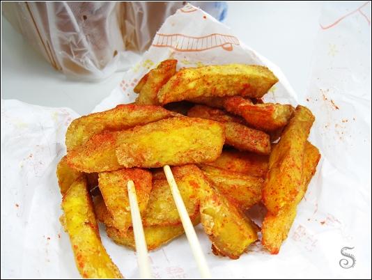 地瓜略乾但也不錯吃,這一次沒買起士薯條,下次再買囉!