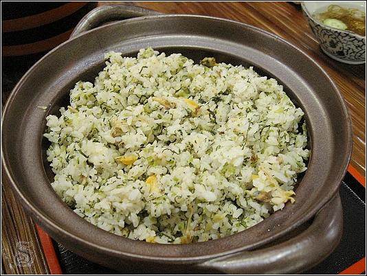 我喜歡吃這個拌飯>< 除了烏龍麵外,這個飯我也吃了好幾碗~~