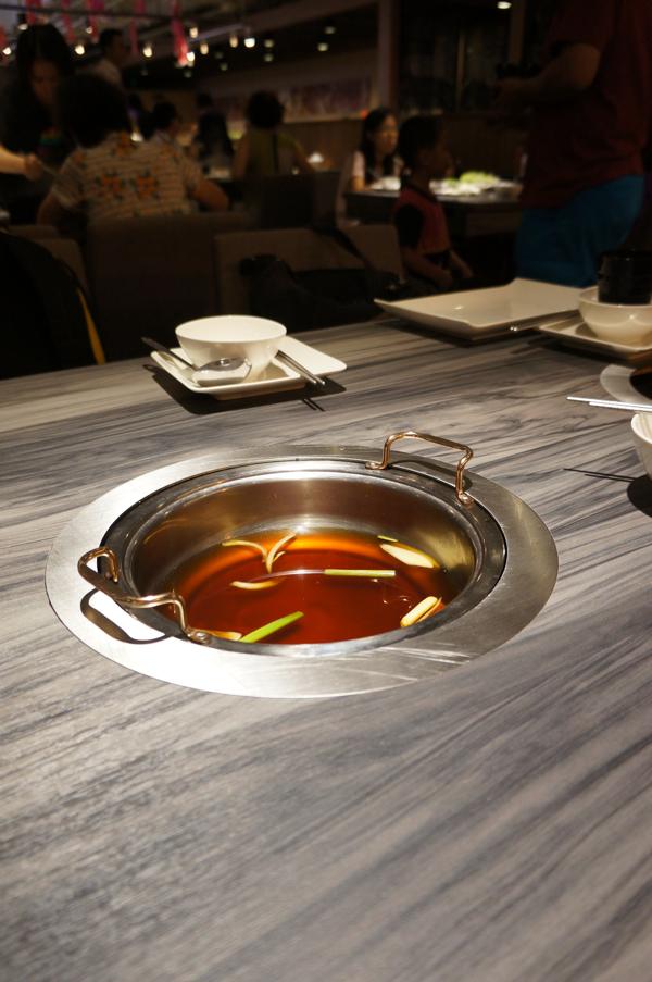 壽喜燒的湯頭,不會很鹹,直接加壽喜燒的湯頭即可
