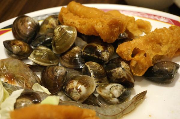 海鮮類的還算新鮮..