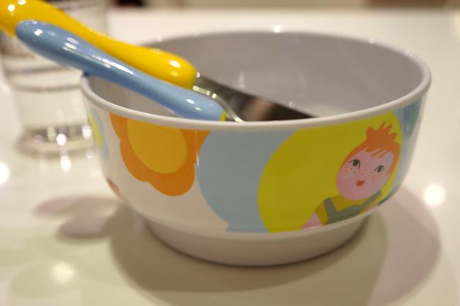 BUGATTI的兒童餐具