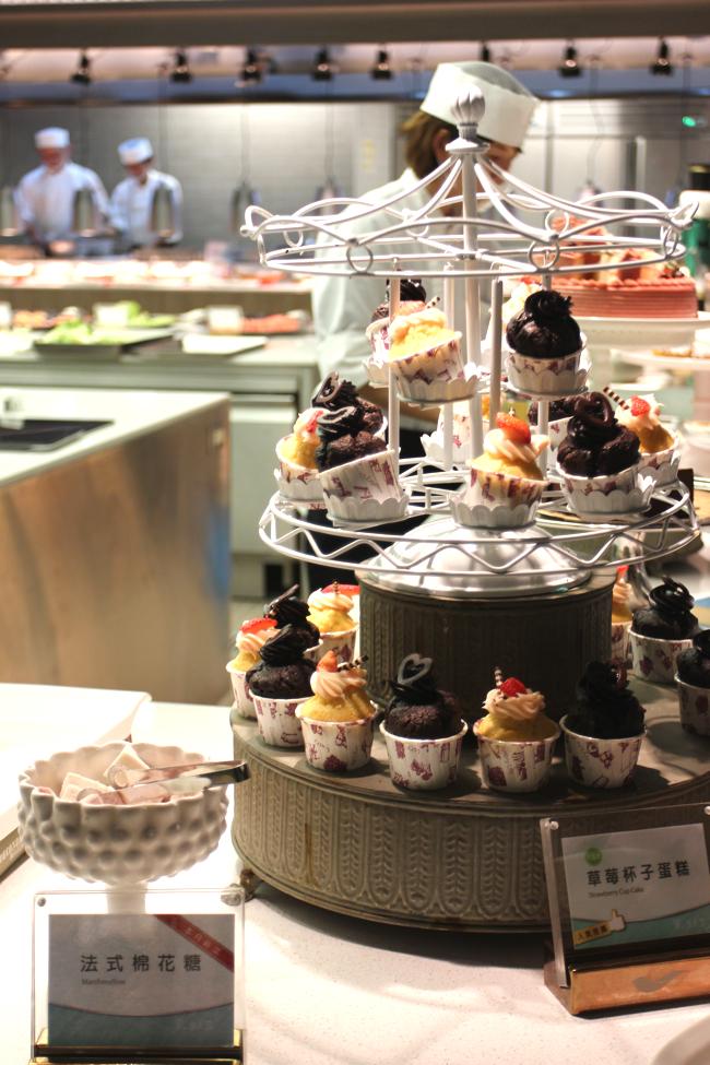 杯子蛋糕塔!