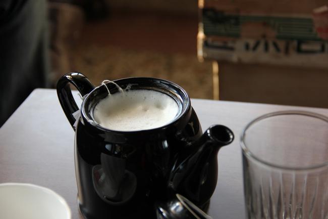 英式鮮奶茶,淡淡的味道,奶味不重