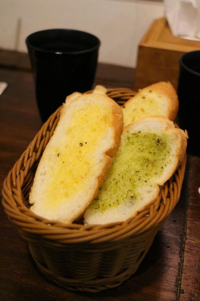 麵包還不錯吃,可一直續盤喔