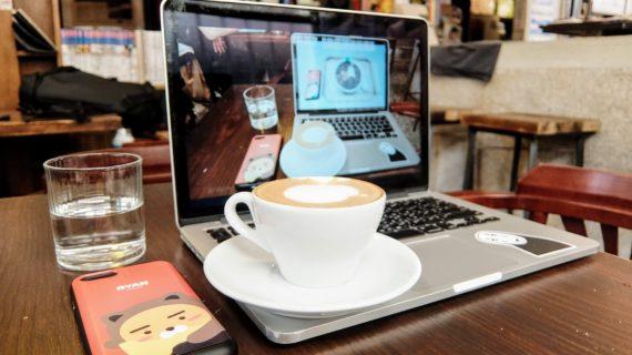 高雄-新興區-灰。咖啡