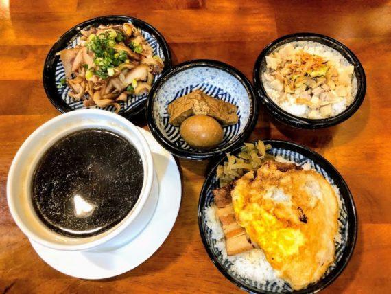 高雄-前金-老村雞肉飯